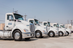 Food Express Expands Truck Fleet with Natural Gas Trucks